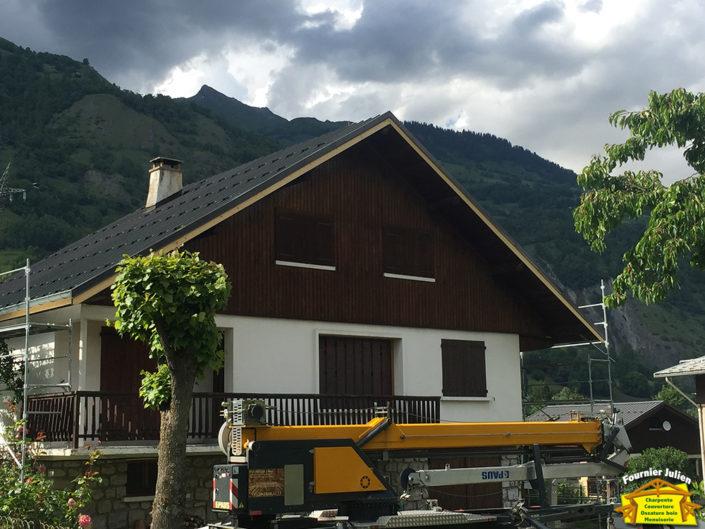 Couvertures maison par Julien Fournier charpente à Bourg St Maurice